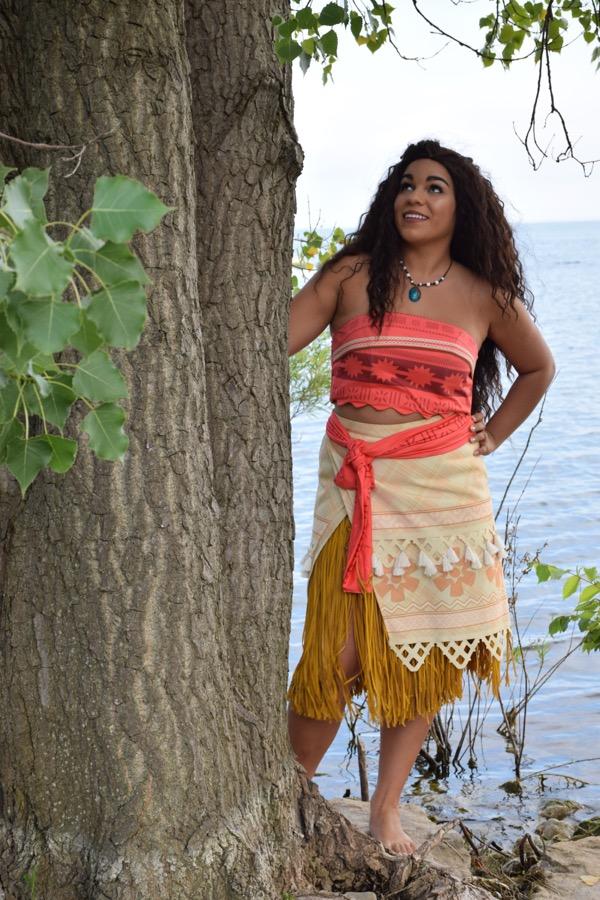 Island Princess by tree
