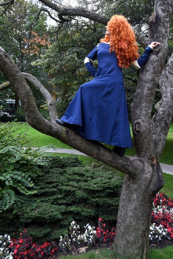 Brave Princess in tree